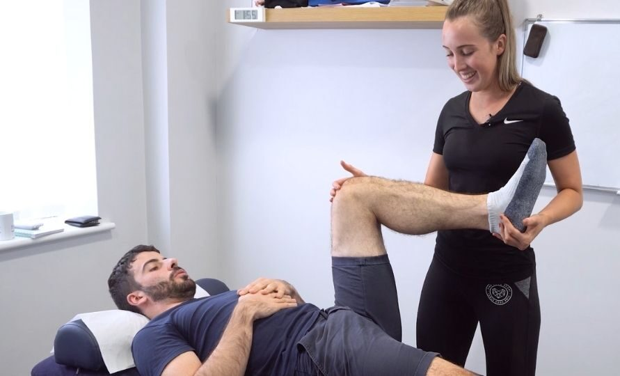 Sarah Whitely physiotherapists in Huddersfield treating knee pain